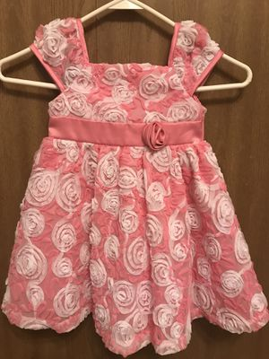 Girl's Pink & White Flowery Dress for Sale in Bloomingdale, IL