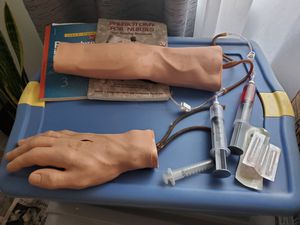 Phlebotomy practice arm and hand for Sale in Federal Way, WA