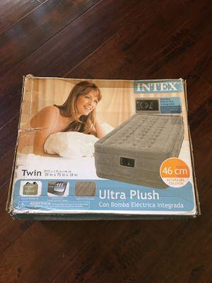 New Intex Ultra plush twin w/ built in pump $35 for Sale in Stockton, CA