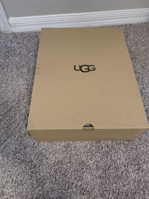 UGG Size 10 - GREAT CONDITION for Sale in Brentwood, NC