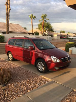2014 KIA SEDONA for Sale in Gilbert, AZ