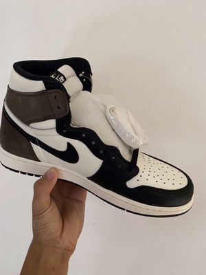 Jordan 1 Mocha for Sale in Fontana, CA