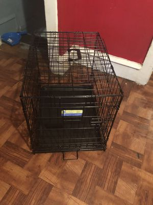 Small dog crate for Sale in Pennsauken Township, NJ