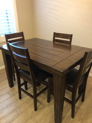 Five piece dining room set for Sale in Phoenix, AZ