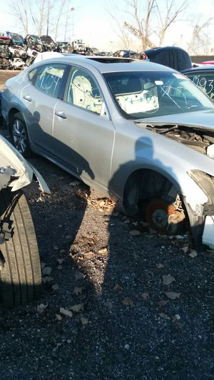 Parting out a 2012 Infiniti M37 for Sale in Detroit, MI