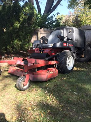 """48"""" zero turn with bagger for Sale in Newington, CT"""