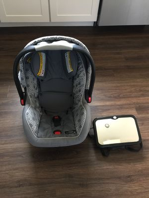 Graco Snug Ride Click Connect Baby Car Seat with 2 bases for Sale in Brentwood, TN