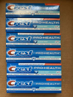 Crest pro health toothpaste 6 for $10 for Sale in Paramount, CA