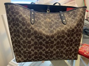 Coach tote bag for Sale in Powell, OH