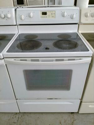 """30 """" whirlpool stove for Sale in Hallandale Beach, FL"""