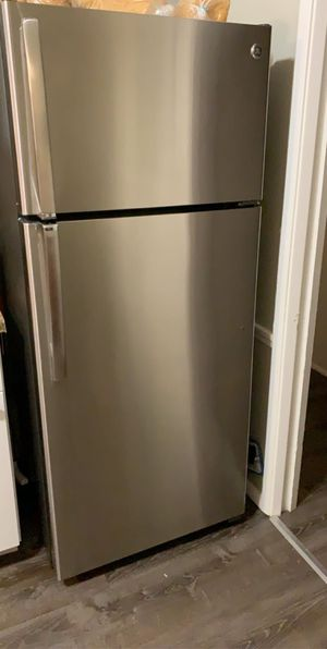 Refrigerator for Sale in Hazelwood, MO