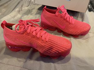 Air vapor max fly knit 3 women's size 6 for Sale in Boynton Beach, FL