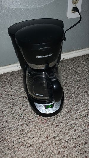 Black & Decker Coffee Maker (12 Cups) for Sale in Mesquite, TX