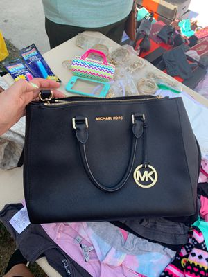 Michael Kors Original Bags for sale for Sale in DEVORE HGHTS, CA