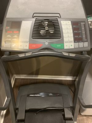 Treadmill for Sale in Wantagh, NY
