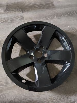 2009-2014 (4)Dodge Challenger 18 in nch rim covers for Sale in Columbus, OH