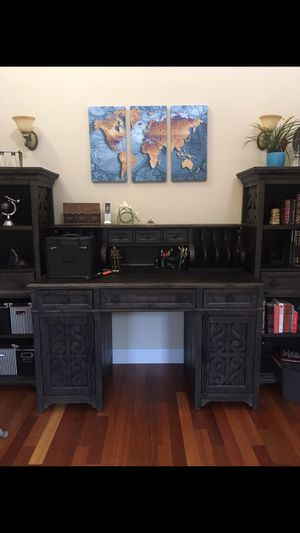 Desk and book shelves can be sold separately for Sale in Puyallup, WA