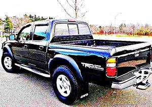 ֆ14OO 4WD Toyota Tacoma 4WD for Sale in Ravensdale, WA