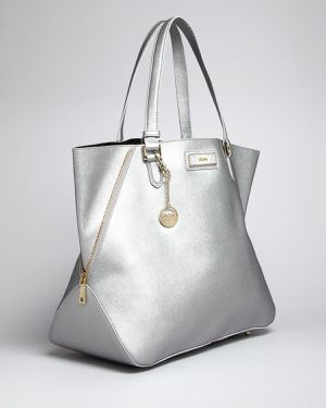 DKNY Tote bag Saffiano silver large used for Sale in Brooklyn, NY
