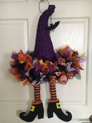 New handmade Halloween witch wreath /door decoration for Sale in Rancho Santa Margarita, CA