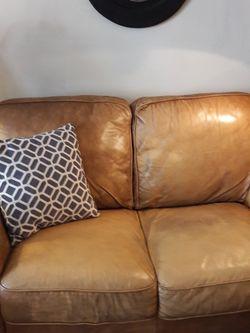 Leather Loveseat for Sale in Kirkland,  WA