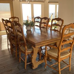 Dining Table And 8 Chairs for Sale in Rolling Hills,  CA