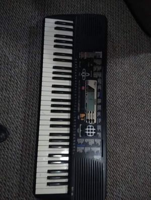 Yamaha key board. Lets trade for Sale in Portland, OR
