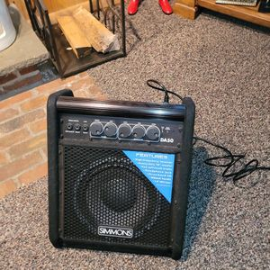 Simmons DA50 Amp for Sale in Bethel, CT