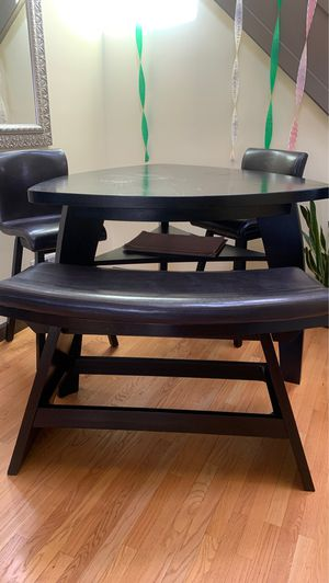 Pub style table, 2 chairs and bench. for Sale in Chicago, IL