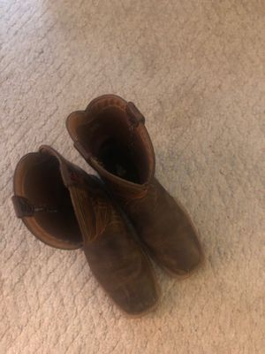 Rubber ariat boots sz 8 for Sale in Irving, TX