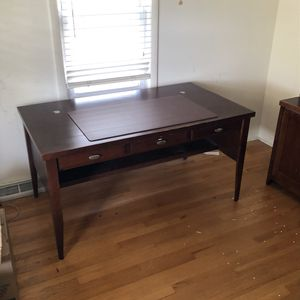 Cherry wood desk, chair and hutch for Sale in Chicago, IL