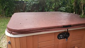 Hot Tub Cover for Sale in West Palm Beach, FL