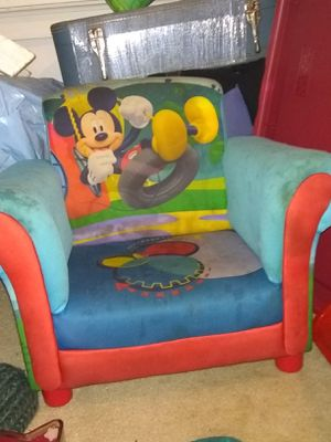 MICKEY MOUSE TODDLER CHAIR & KID ITEMS for Sale in Northwest Plaza, MO