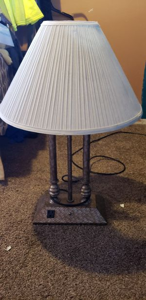 Lamps w/charging outlet for Sale in San Diego, CA