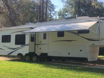 2010 Heartland Bighorn 3670RL for Sale in Orlando,  FL