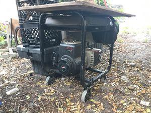 Coleman 10 hp generator 120/240 V AC/CA for Sale in Hialeah, FL