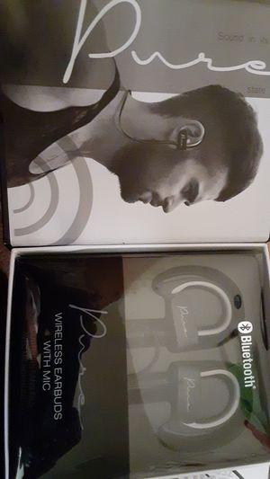 Bluetooth earbud headphones for Sale in Portland, OR