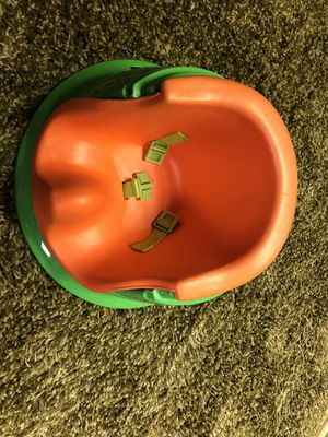 $3 Sitting booster seat for Sale in Lakewood, OH
