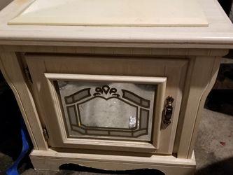 MUST SELL 6 PIECE BEDROOM SET $300 OBO for Sale in Auburn,  WA