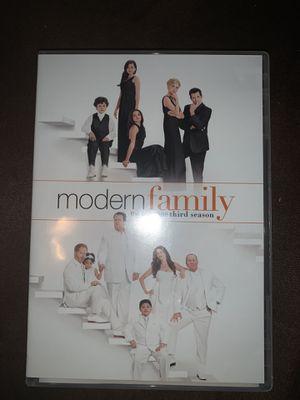 Modern Family Season 3 for Sale in Prosperity, SC