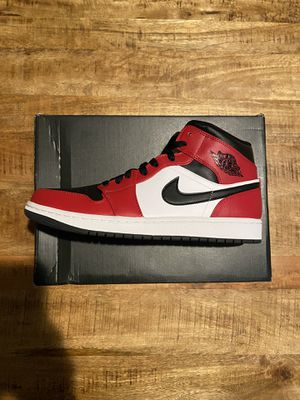Jordan 1 Mid Chicago Black Toe size 12 for Sale in Clackamas, OR