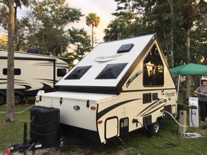 FOREST RIVER FLAGSTAFF HARDSIDE HIGH WALL Camper a Frame for Sale in Boca Raton, FL