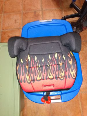Booster seat for Sale in Pompano Beach, FL