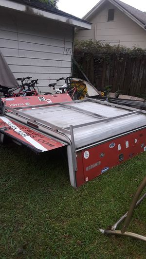 Camper truck aluminio for Sale in Houston, TX
