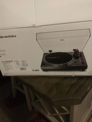 Audio turntable for Sale in Detroit, MI