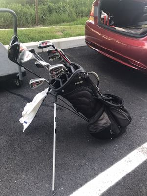 Set of golf clubs with caddy for Sale in Pawtucket, RI