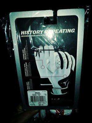 Pair of gloves jordan new for Sale in UNIVERSITY PA, MD