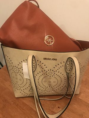 Bolso mk no originales for Sale in Frederick, MD