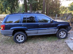 *part out* 2000 Jeep Grand Cherokee for Sale in Arlington, WA