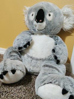 Large Soft Koala Bear Plushie for Sale in Everett,  WA